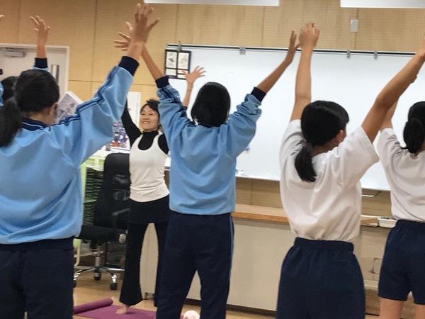 ヨーガ@東橘中学校