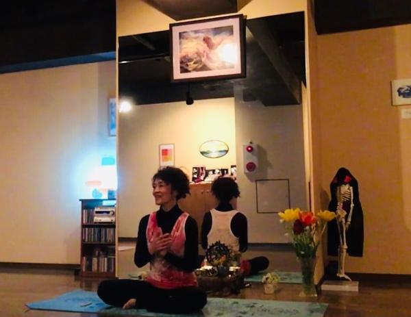 おうちでヨーガをご一緒に♡Fromアーナンダヨーガスタジオ~外的完全呼吸法とシャンティ~