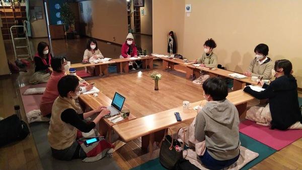 アナスタ、3月のスタッフミーティング